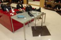 Обзавеждане на магазини за обувки -