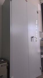 Евтини метални шкафове с различни функции