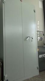 Метални шкафове с цени, за лекарски кабинет